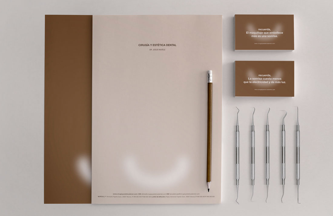 Cirugía y estética dental Dr. Jesús Muñoz | Gurulab